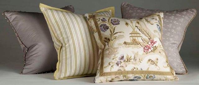 KVT_SR_Pillows_crop