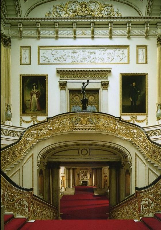 Royal interiors what s happening at buckingham palace for Buckingham choice floor plans