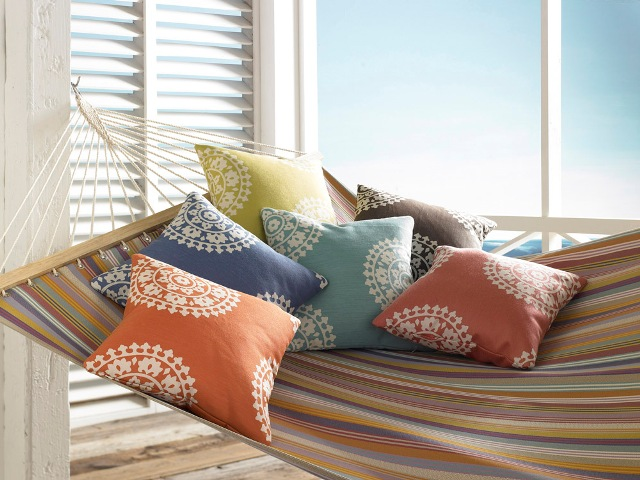 KRA_Echo_Pillows