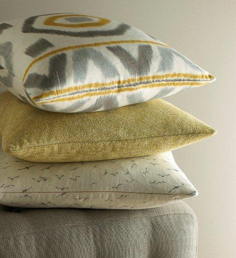 TF Pillows 01 crop