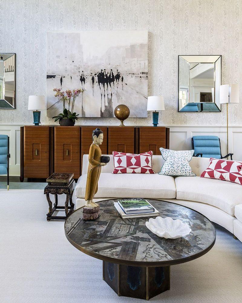 Sofa detail LR