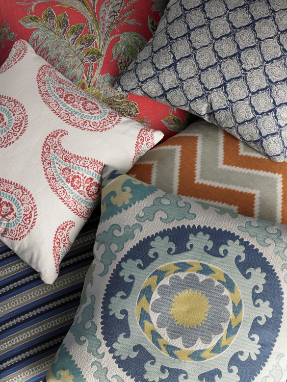 KRAVET Echo Design Heirloom India pillows