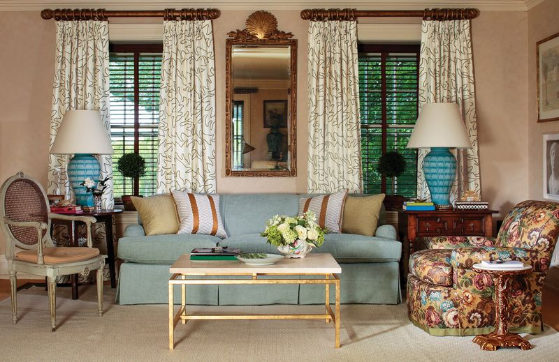 Lee jofa introduces bunny williams fabric collection for Coordinating fabrics for living room